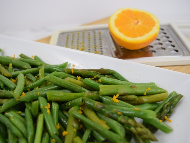 Green Beans and Asparagus with Sesame Chili Oil