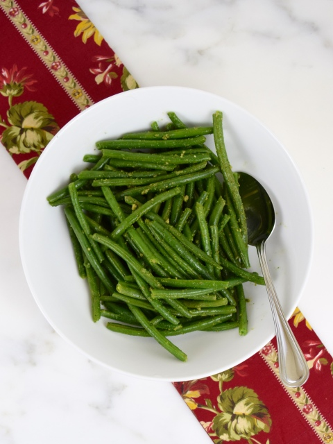 Green Beans with Cilantro Pesto