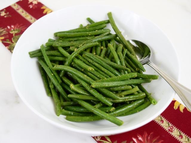 Green Beans with Cilantro Pesto