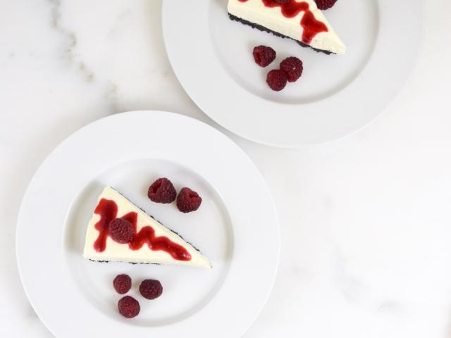 No Bake Lemon Cheesecake with Chocolate Crust